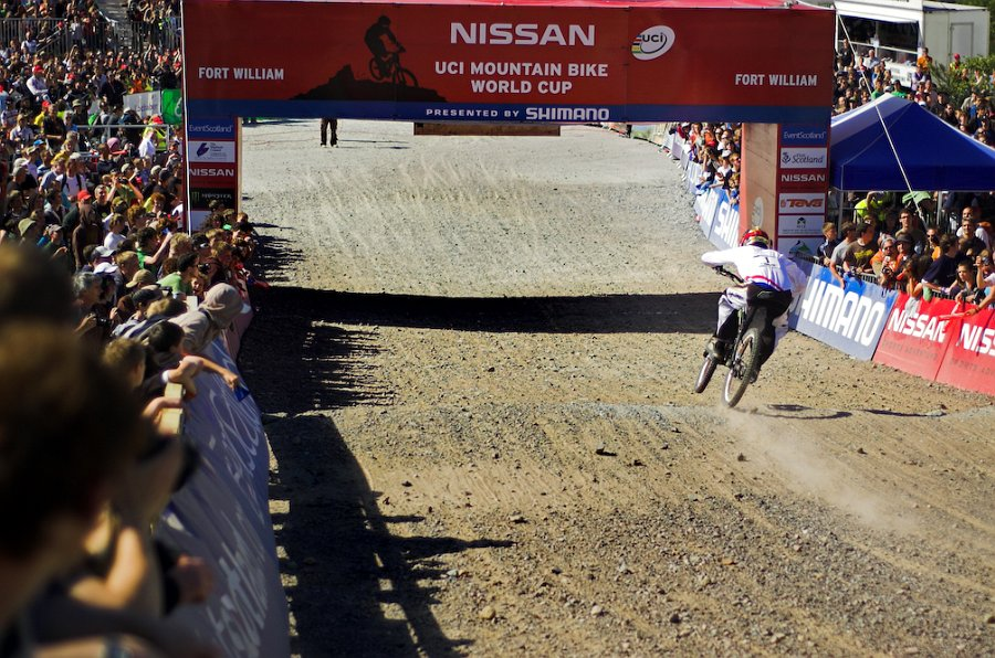 Sam Hill about to cross the line at the 2008 ft Bill Wc.