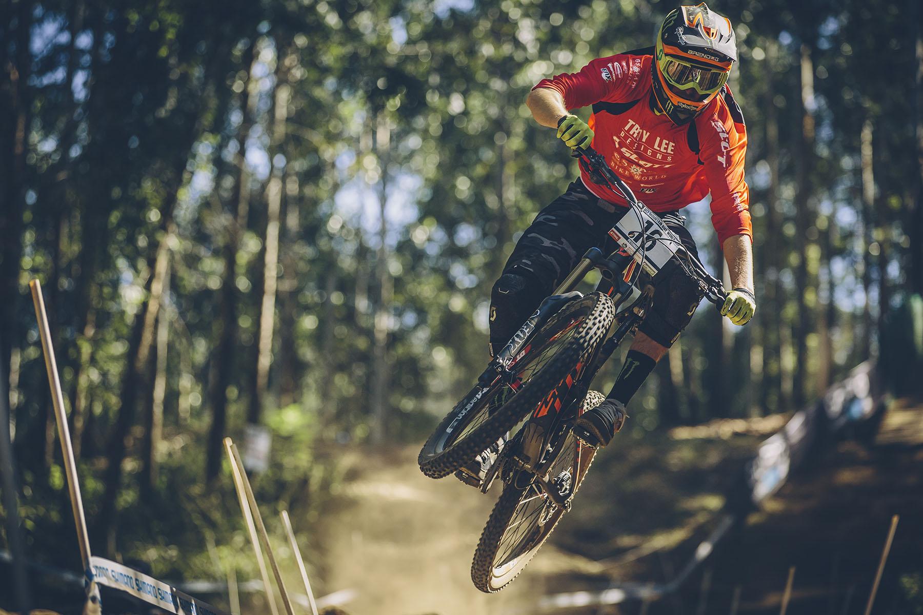 Brendan Fairclough hatte sichtlich Spaß auf seinem Trailbike, allerdings reichte es nur für den 37. Platz!