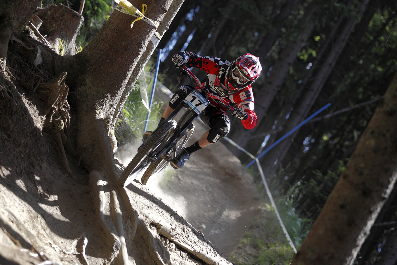iXS European Downhill Cup David Trummer ©PACOimages