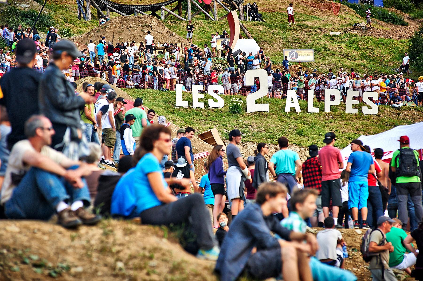 Die Fans beim Les2Alpes.
