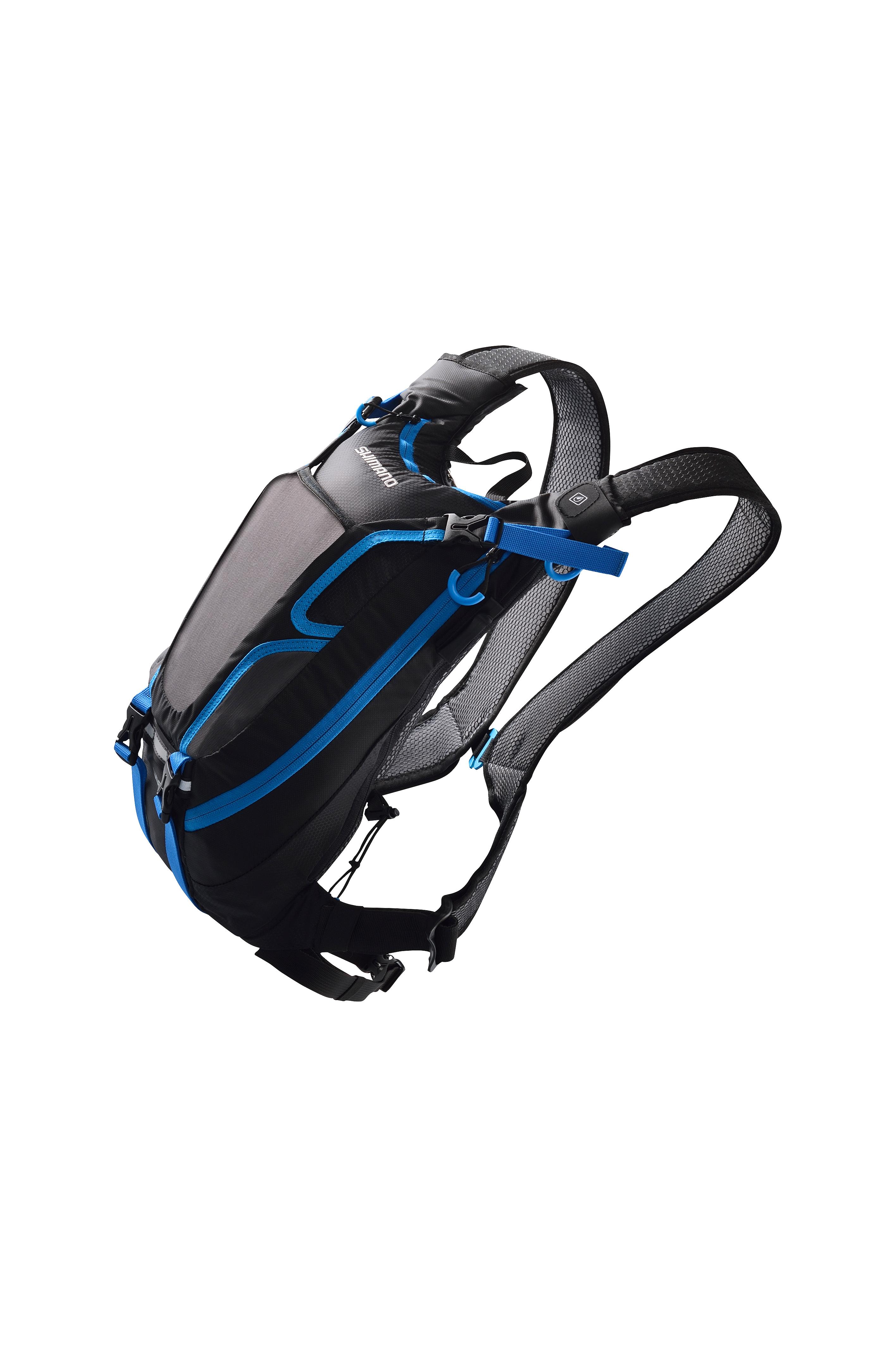Den Rucksack gibt es in zwei Farbvarianten. Ein Mal schwarz/blau...
