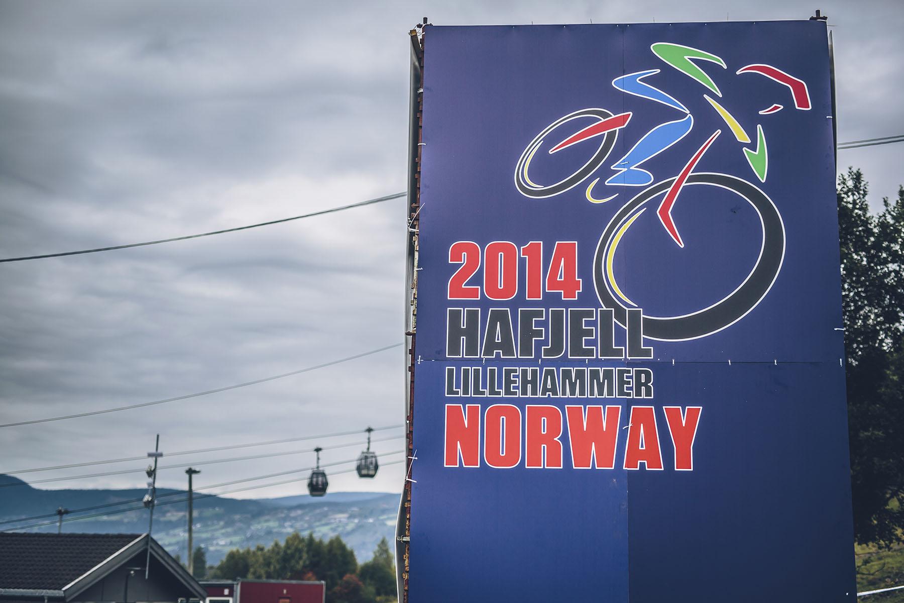 Guten Morgen und Hallo in Hafjell! Die Wolken verdunkelten den Himmel und die Sonne ließ sich nicht wirklich sehen. Da aber der Track ziemlich trocken war, boten sich perfekte Race-Bedingungen.