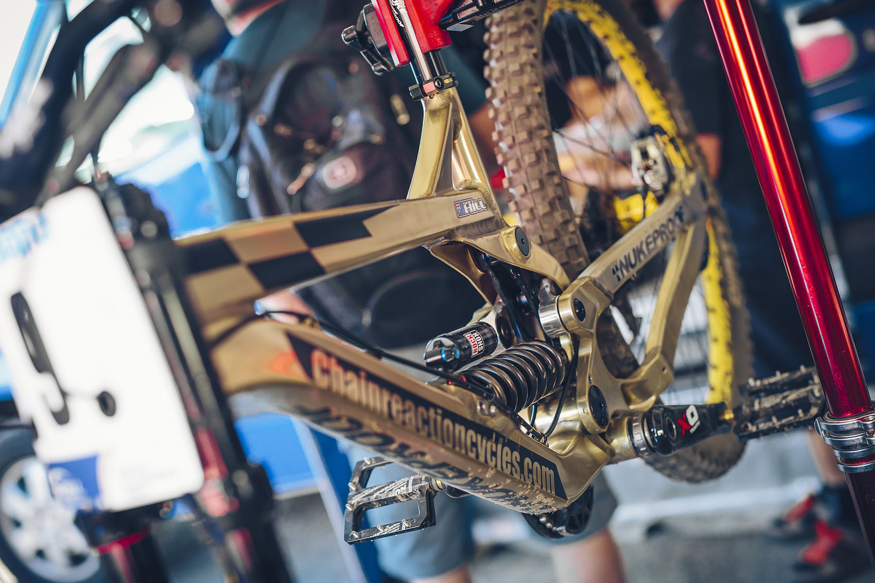 Sam Hills goldenes Nukeproof!