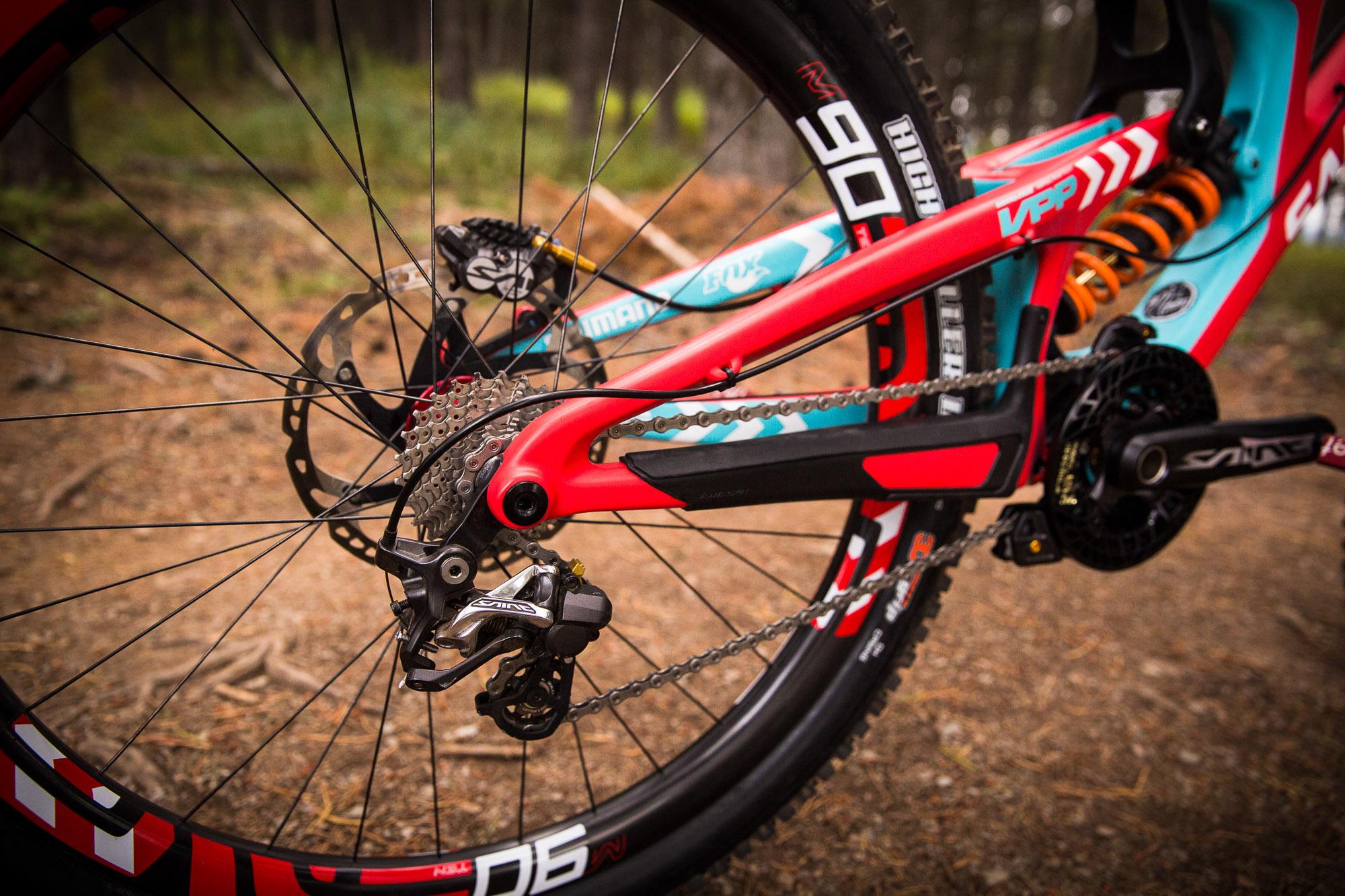 Joshs Santa Cruz V10 World Champs Bike.