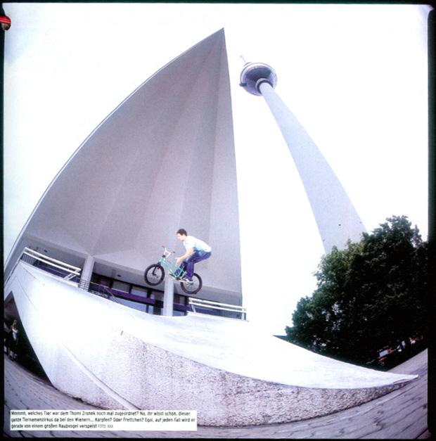 Ausgabe 77: Thomi Zronek stromert ausnahmsweise mal nicht durch Wien, sondern durch Berlin