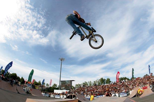 Mike-Aitken-FISE-2004