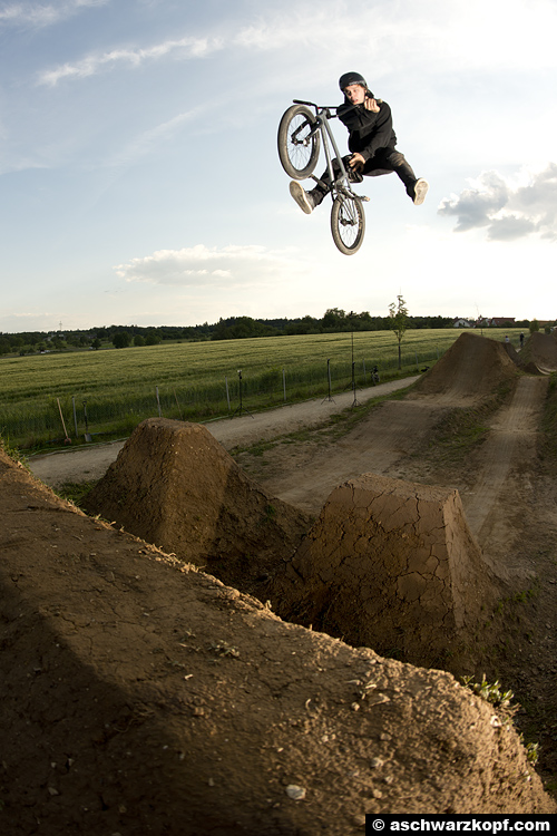 Timo Preuschhoff, Nofooted X-Up Seatgrab Aichwald Trails