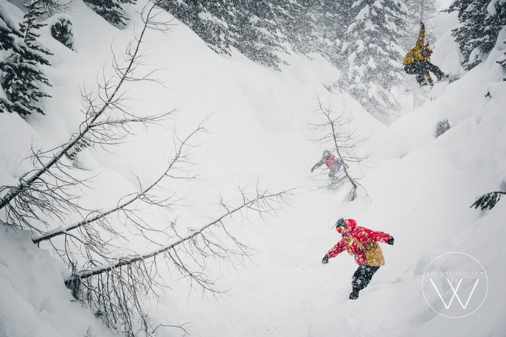 Powder-Action in Livigno mit Mario Käppeli, Thomas Feurstein und Sebi Geiger; Foto: Rudi Wyhlidal