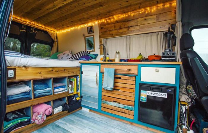 van life 23 inspirierende umbauten von bullis und. Black Bedroom Furniture Sets. Home Design Ideas