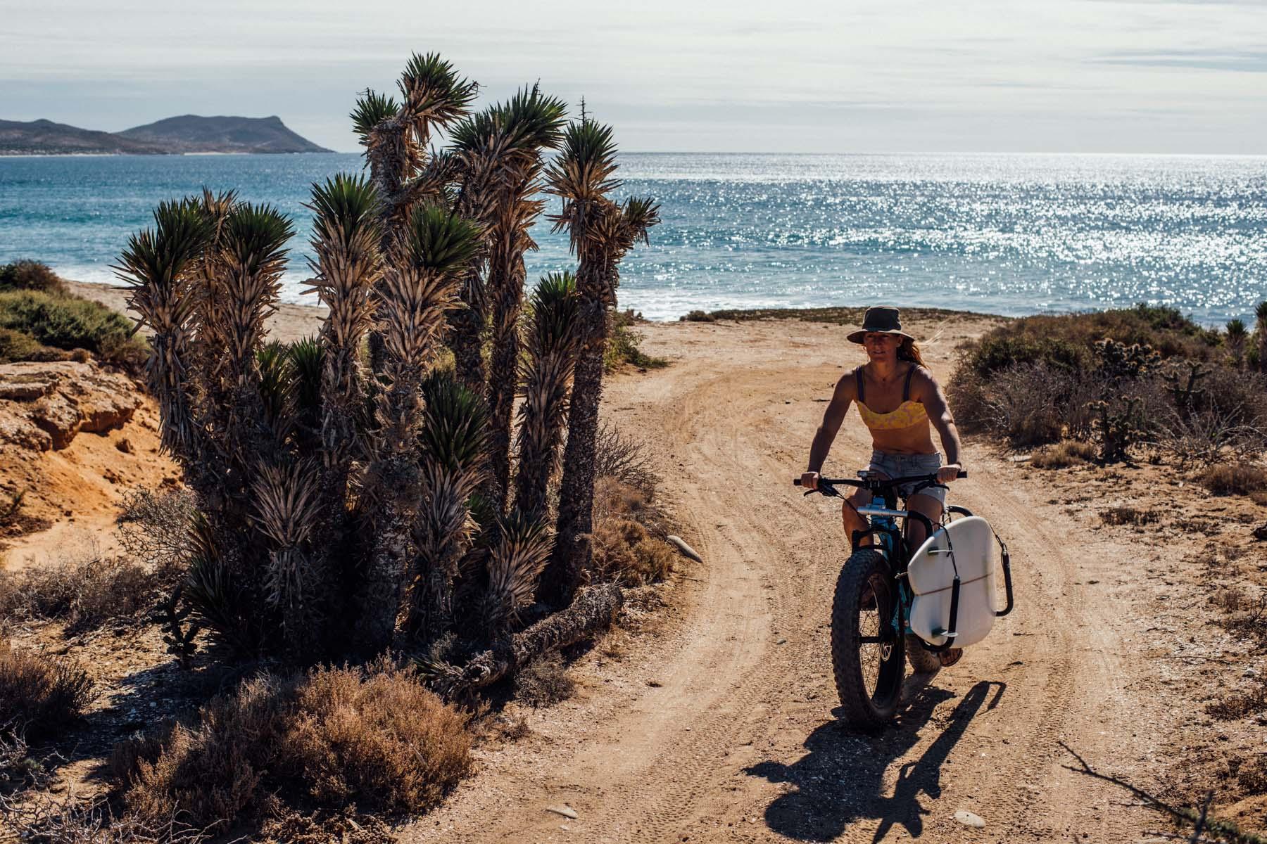 Water Cycle Mit Bikes Und Boards Auf Der Baja Cali