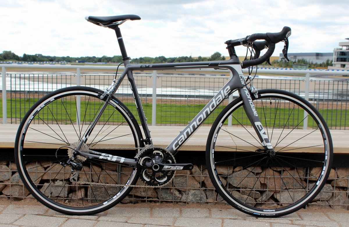 Cannondale SuperSix Evo - komplett