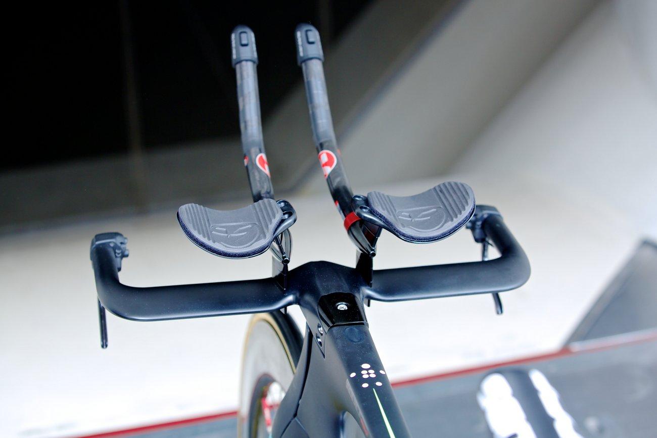 Bianchi entwickelte einen speziellen Lenker für das Aquila CV. (Bianchi)