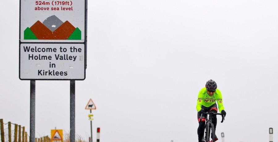 Russell Downing stellt immer sicher, dass sein Training eine Mischung aus ebenen Straßen und Steigungen beinhaltet. (Foto: Alex Whitehead/SWpix.com)