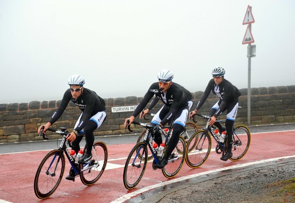 Marcel Kittel trainierte im Vorfeld der Tour de France zusammen mit seinen Teamkollegen von Giant-Shimano auf den Straßen von Yorkshire. (Foto: Simon Wilkinson/SWPix.com)