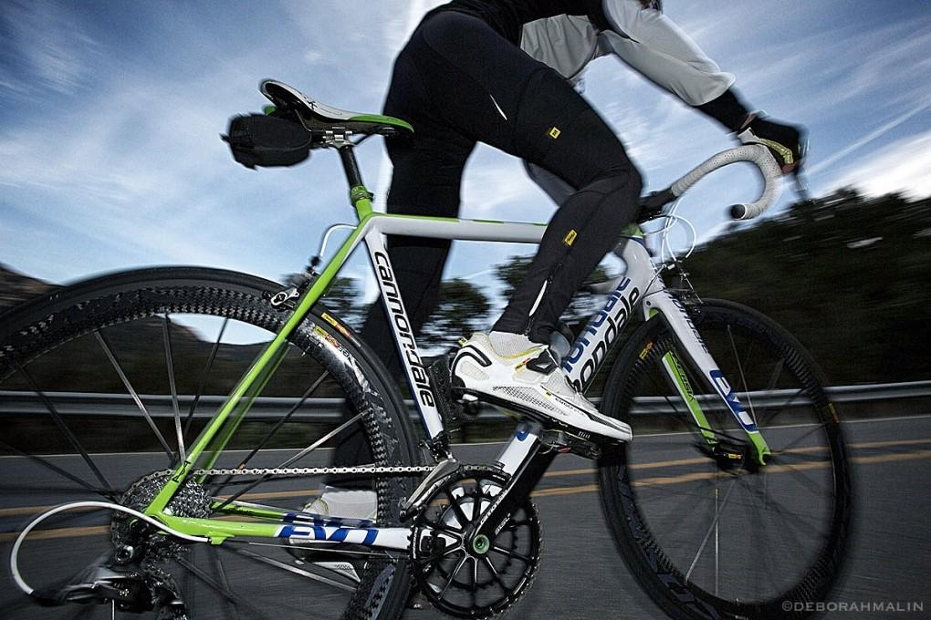 Passe die Distanz deiner Trainingstouren an das längste Rennen an, auf das du dich vorbereitest. Auch am Ende solltest du noch genügend Kraft haben um die letzten Reserven mobilisieren zu können. (Foto: Deborah Malin)