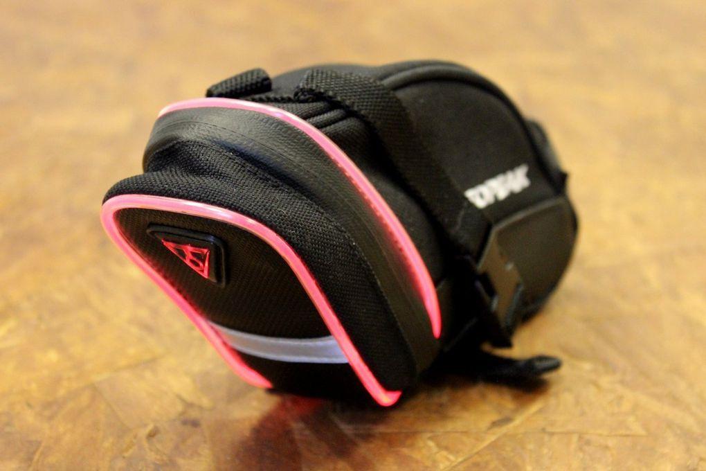 Topeak hat eine Reihe von neuen iGlow-Produkten vorgestellt.