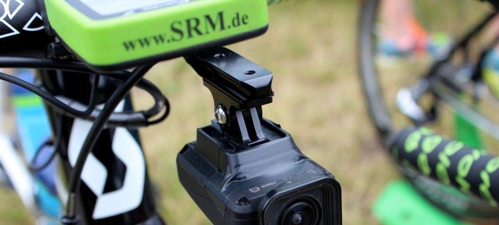 Dieses Jahr kam die Shimano Sport Kamera auf den Markt und wir haben sie, bei der Tour de France, an Simon Yates Bike befestigt.