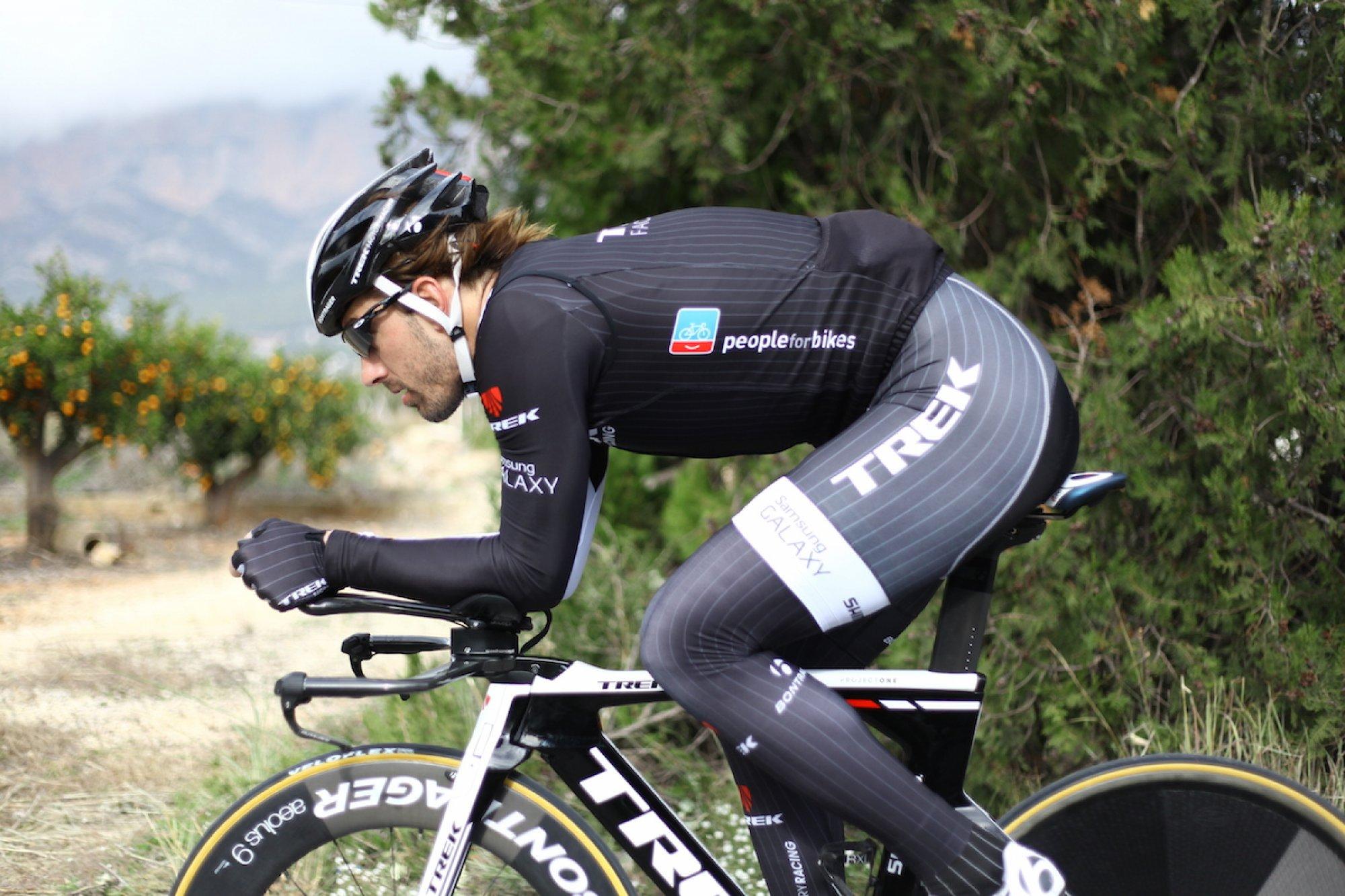 Fabian Cancellara beim Team-Training. An diesem Tag stand Zeitfahren auf dem Stundenplan. (Foto: Trek)