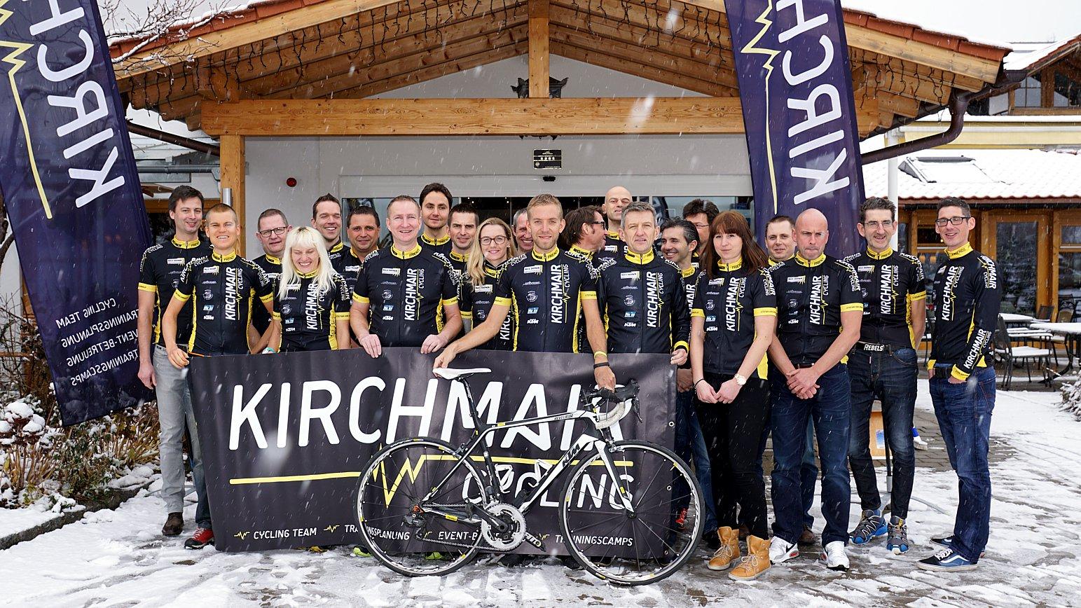 Kirchmair Cycling Jedermann Team beim Saisonstart in Füssen im Hotel Sommmer