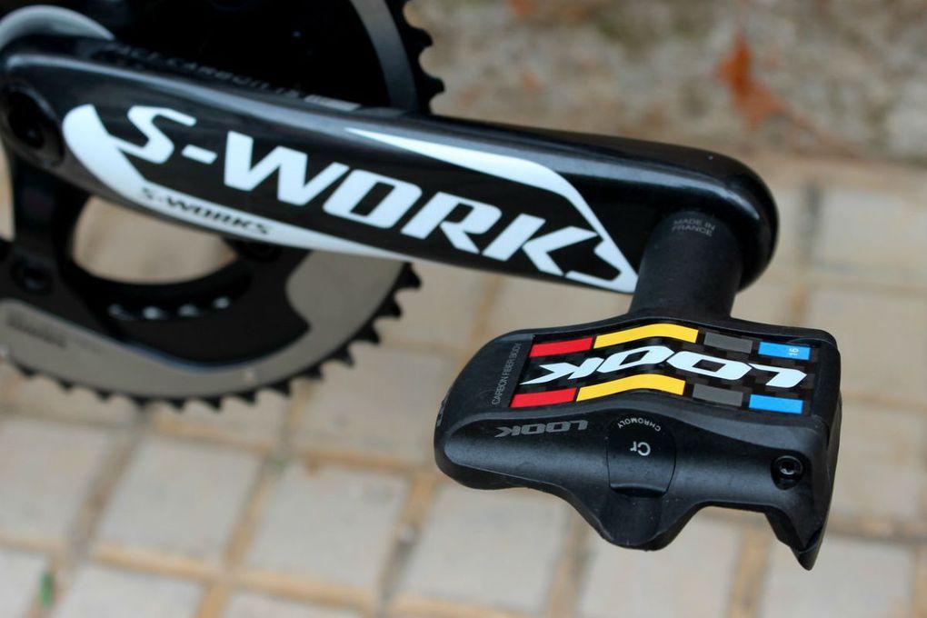 Die hier abgebildeten High-End-Klickpedale, Look Kéo Blade 2 Chromoly sind unter professionellen Radsportlern sehr beliebt.