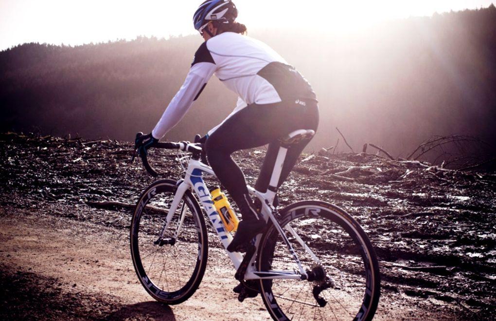 Trainiere nicht bei zu hoher Intensität. So kannst du verhindern, dass dein Körper sich zuviel Energie aus den Mukeln holt.