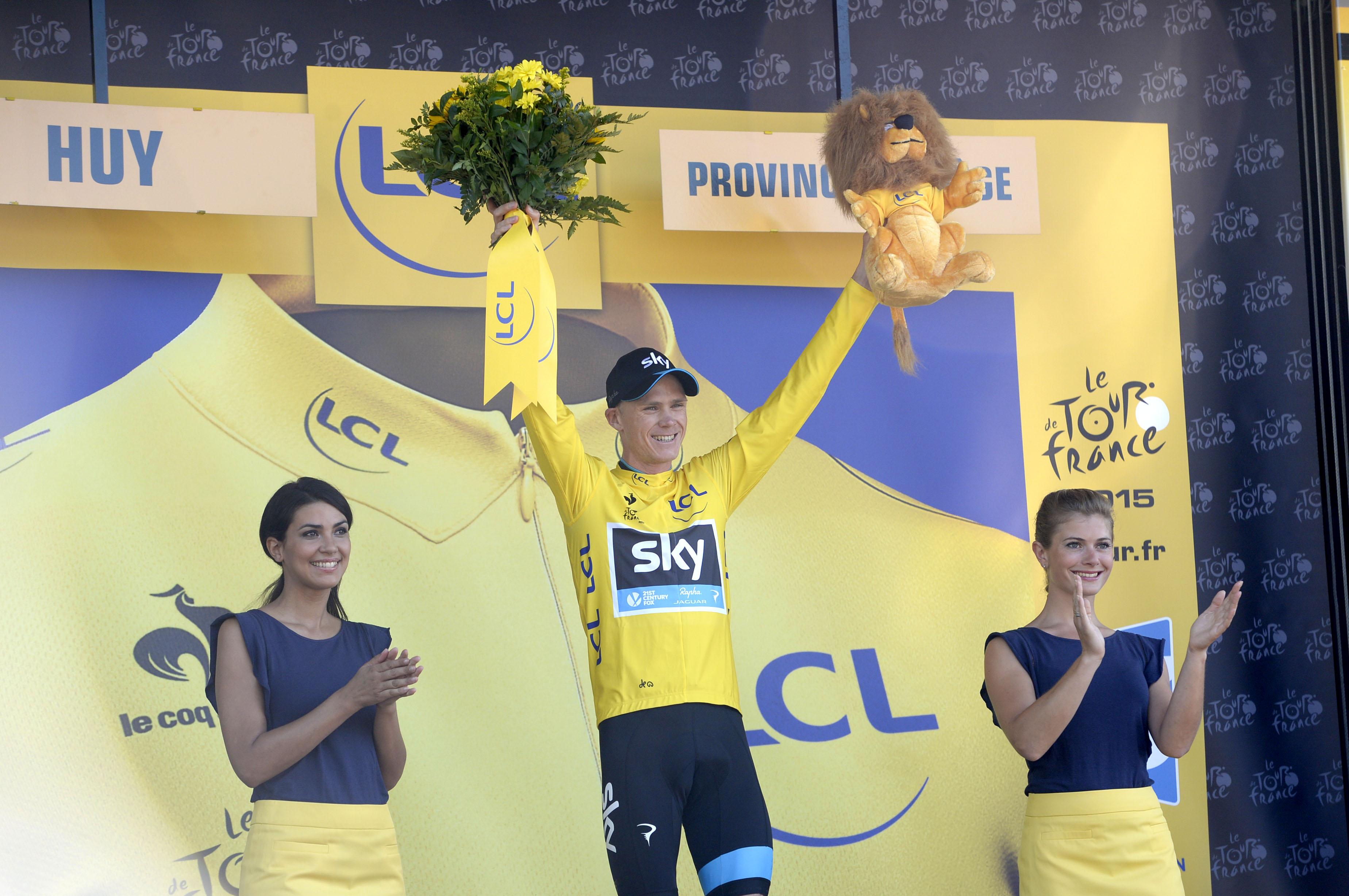 Chris Froome konnte sich nach der 3. Etappe der Tour de France das Gelbe Trikot überstreifen. (pic: Sirotti)