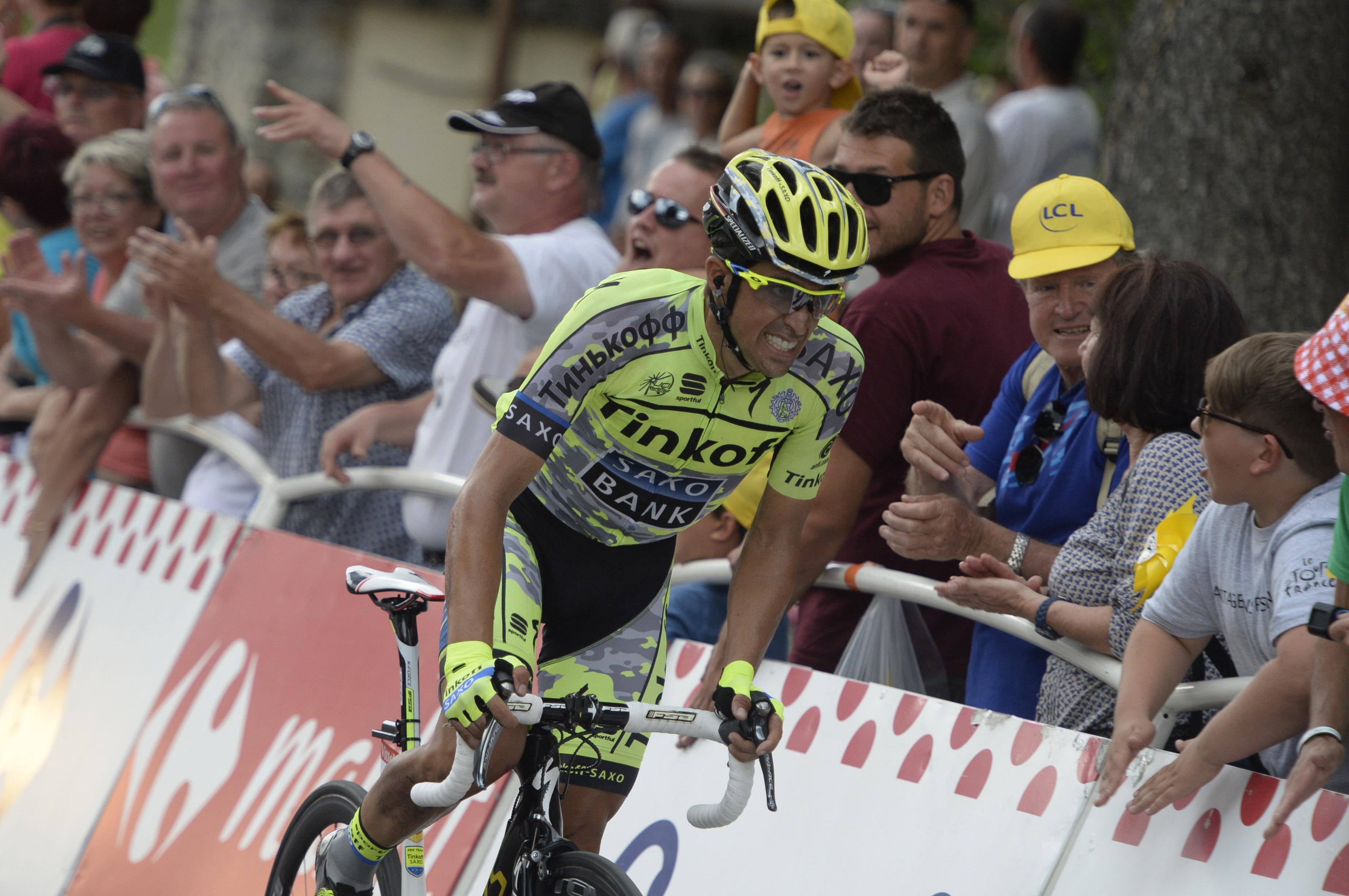 Alberto Contador kam nach seinem Sturz nur mit Rückstand ins Ziel. (pic: Sirotti)