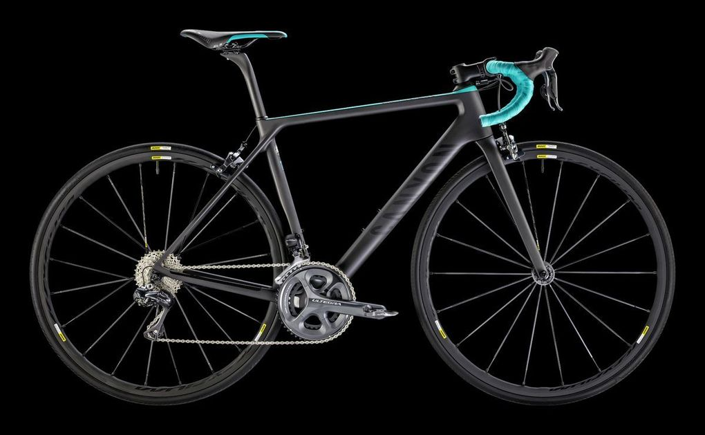 Sortiment 2016: Canyon Ultimate CF SLX 8.0 Di2 WMN (Foto: Canyon)