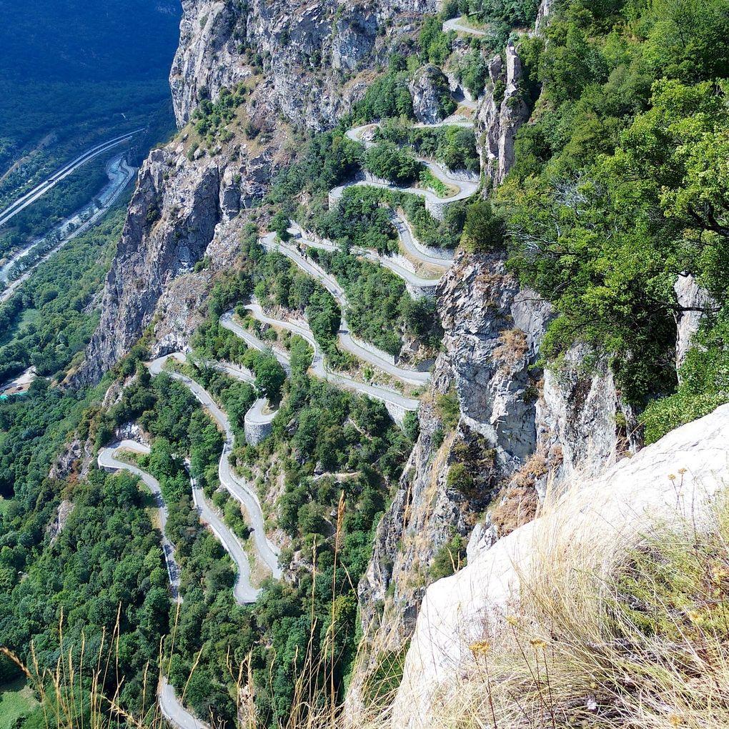 Die schönsten Rennrad-Strecken der Welt: Lacets de Montvernier in Frankreich (Foto: Will Cyclist, via Flickr Creative Commons)
