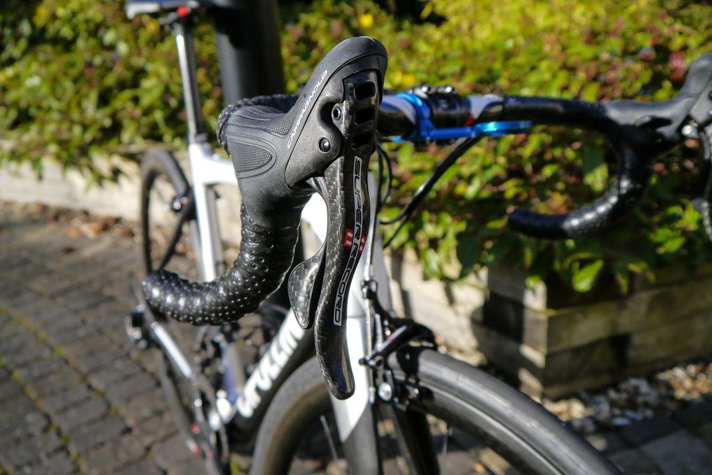 Campagnolo Super Record – die Brems- und Schalthebel der mechanischen Gruppe