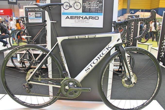 18 der besten Rennräder mit Scheibenbremsen 2016: Storck Aernario Disc