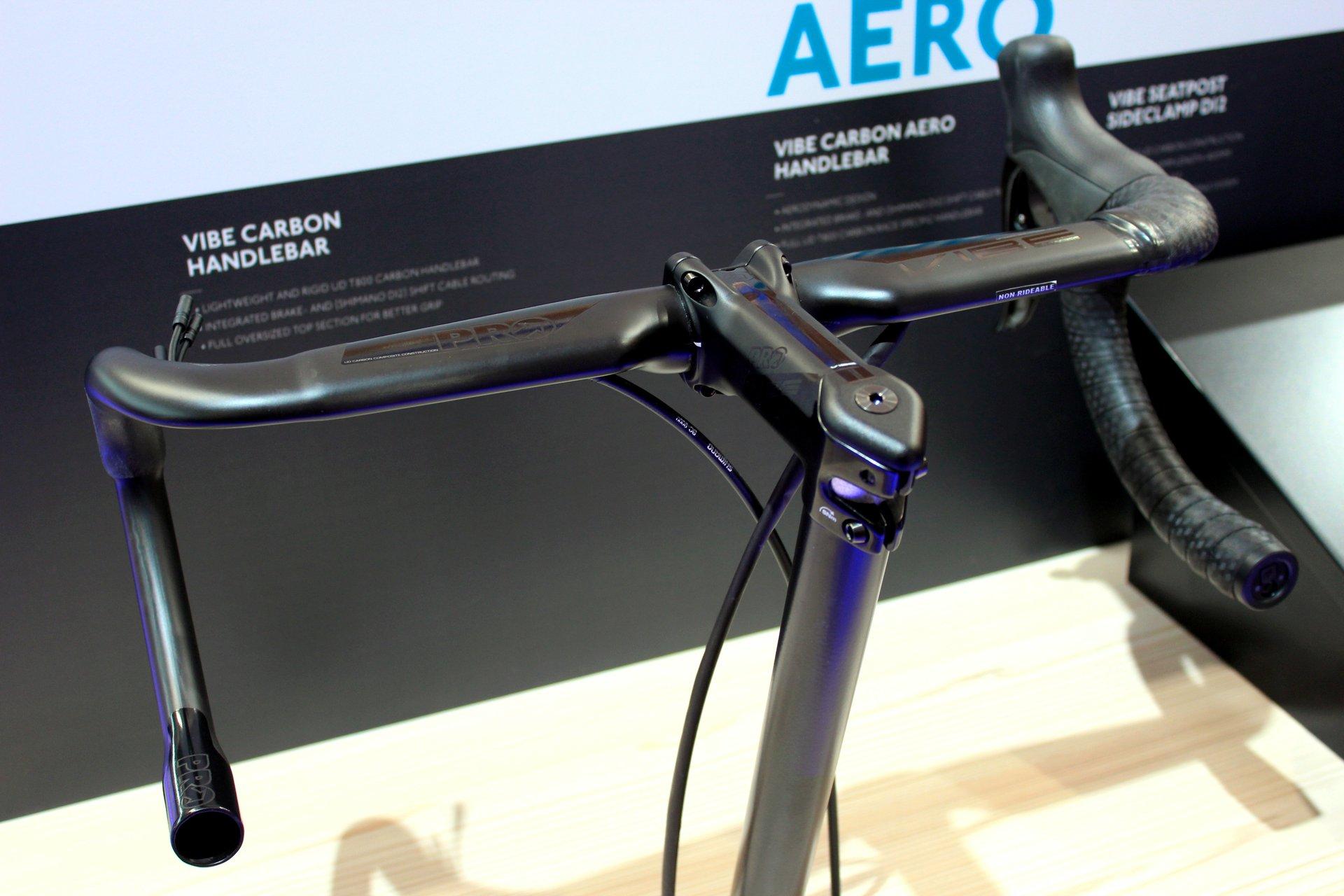Wenns regnet werden viele Lenkerbänder glitschig Mehr Haftung verspricht das neue in sieben Farben erhältliche Lenkerband von Supacaz