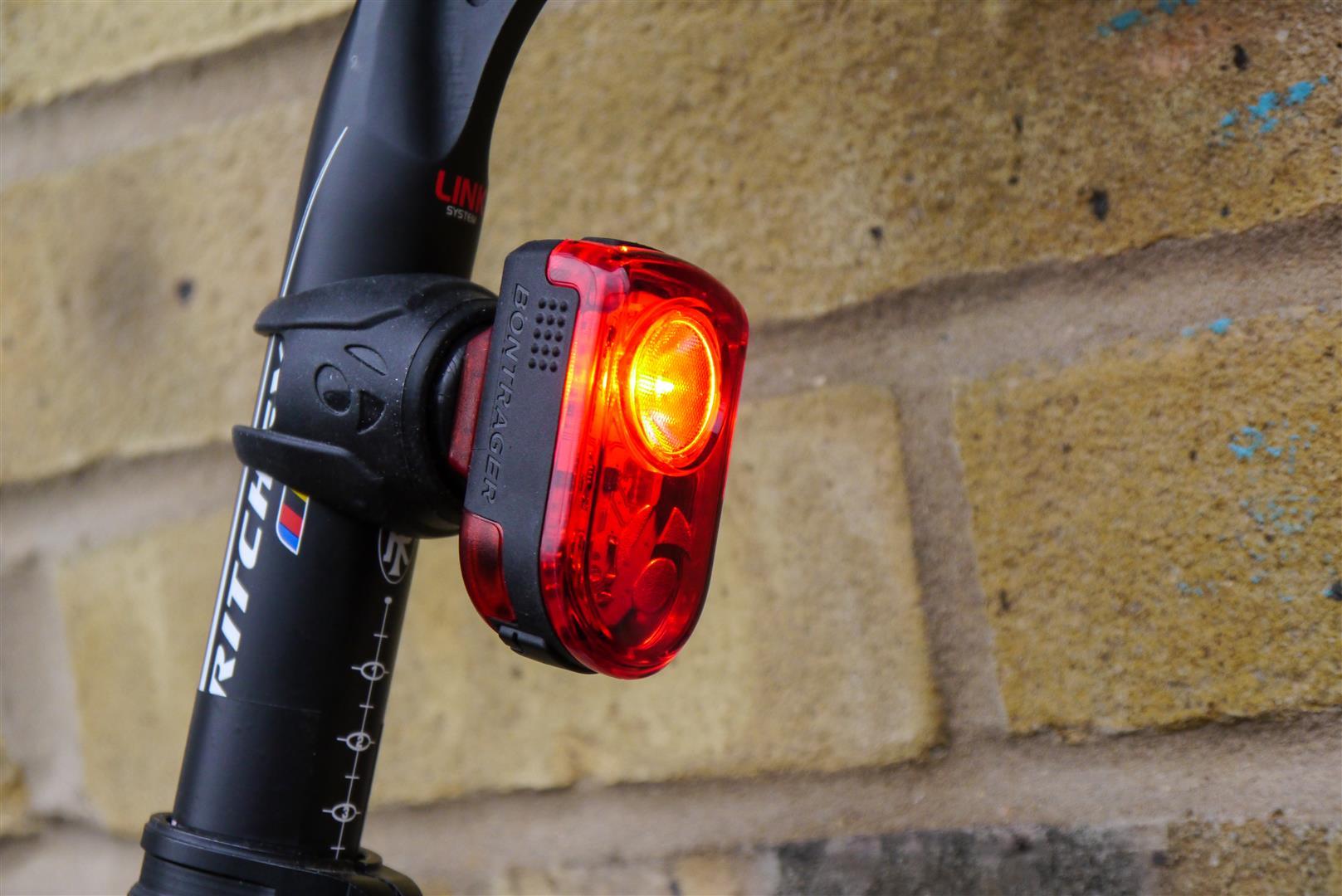 Beleuchtung Rennrad | Safety First Sechs Der Hellsten Rucklichter Fur D