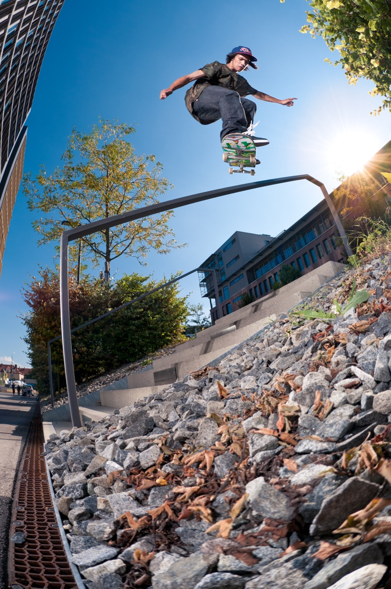 Daniel Ledermann – Backside Lipslide