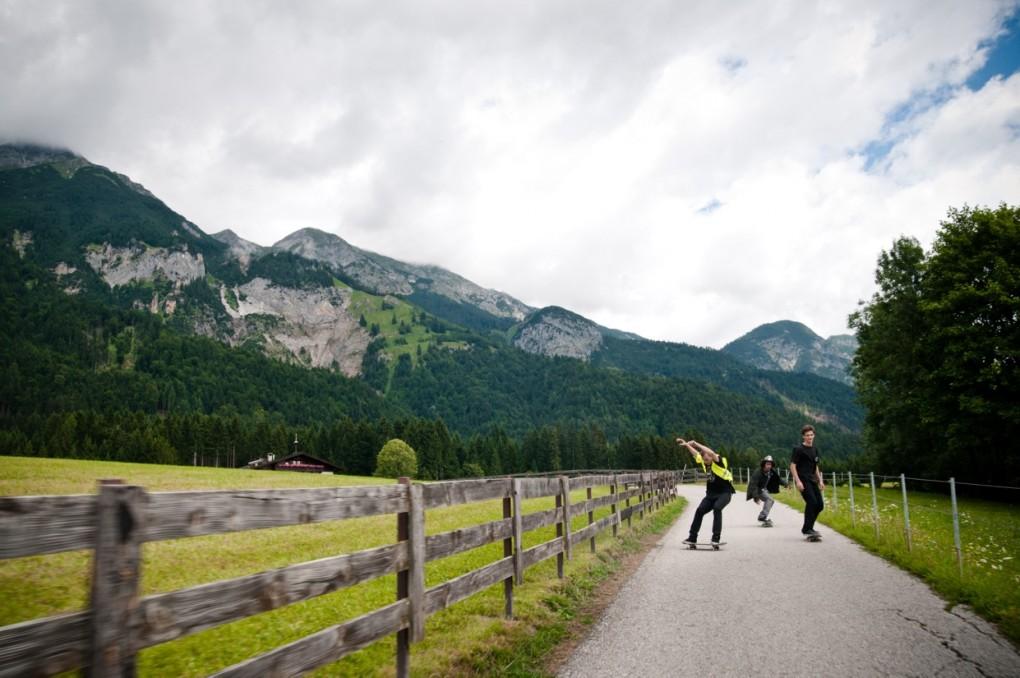 Downhill Alpen Style