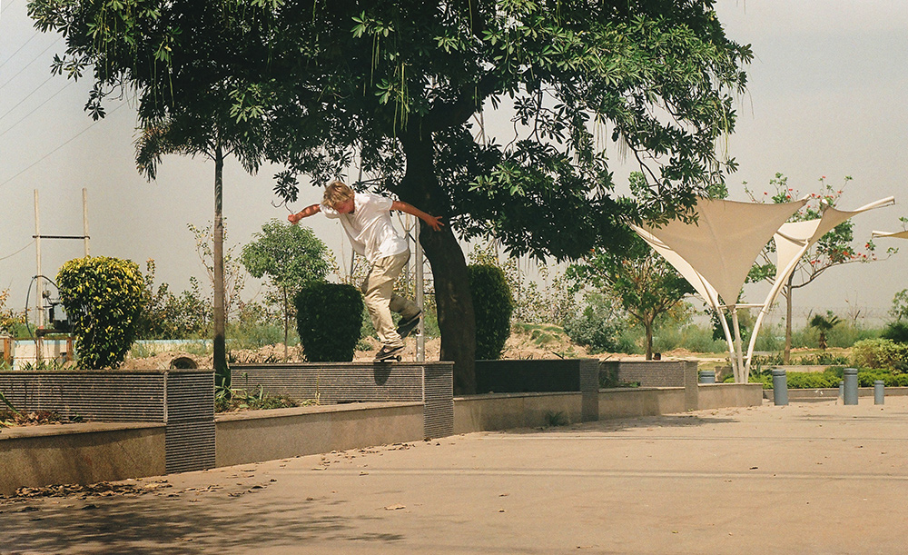 Joakim Poijo – Backside Noseblunt