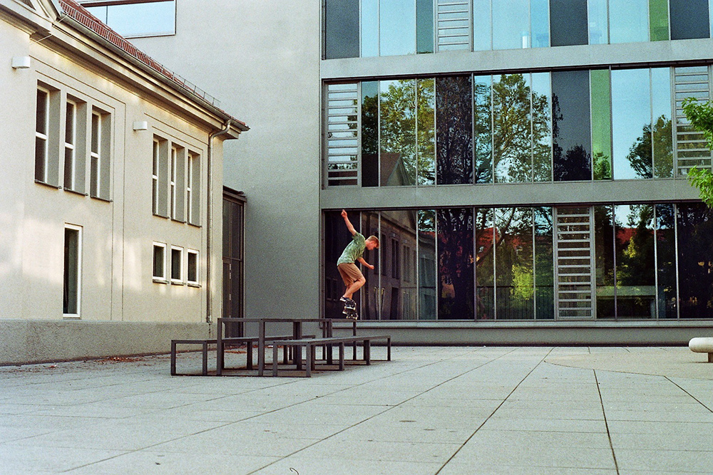 Michael Bähr – Backside Nosegrind