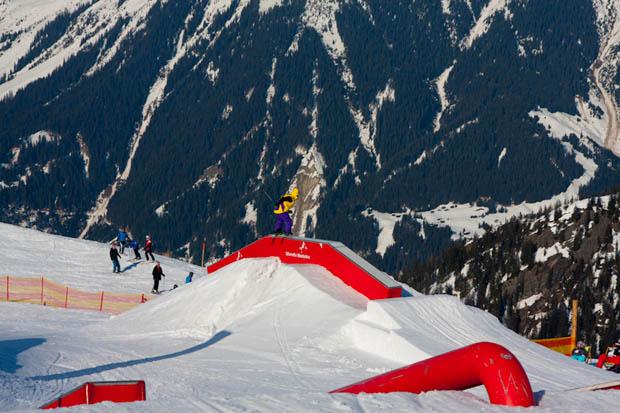 ws2012_spg_photo_04_luis_trautmann_rider_lukas_bitschnov_96dpi
