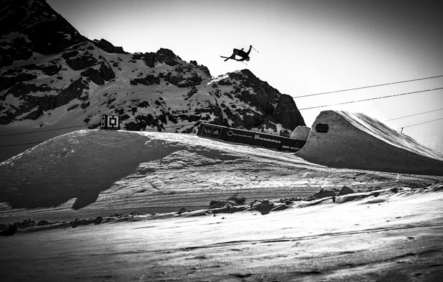 Dachstein_17-11-2012_action_fs_unknown_rider_Roland_Haschka_QParks_18
