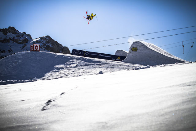 Dachstein_17-11-2012_action_fs_unknown_rider_Roland_Haschka_QParks_20