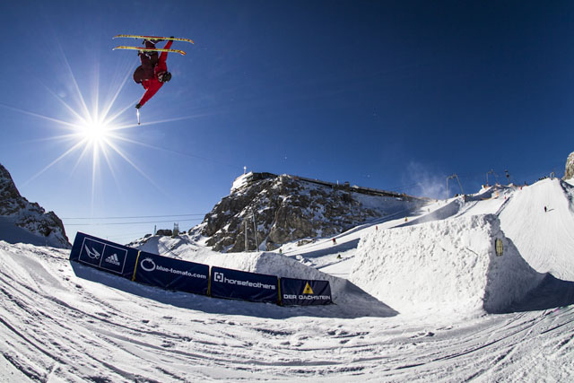 Dachstein_17-11-2012_action_fs_unknown_rider_Roland_Haschka_QParks_25