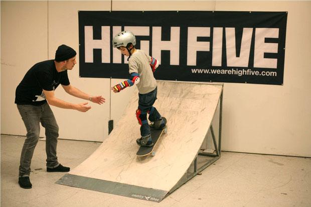 high-five_skate
