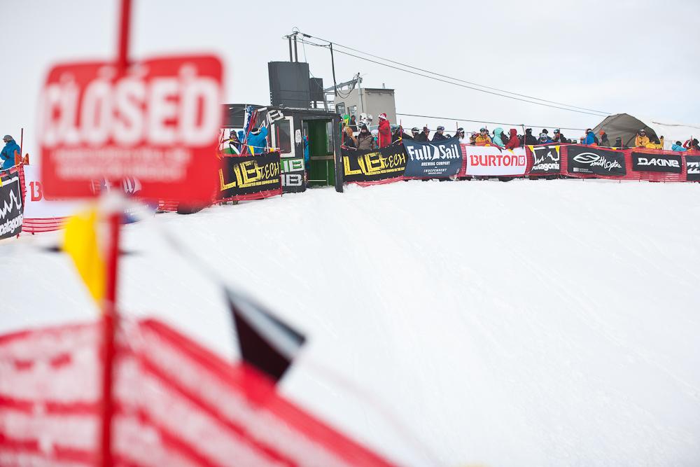 Der Start ist ein großartiger Ort um mit den anderen Zuschauern abzuhängen und die Rider beim Drop In zu beobachten.