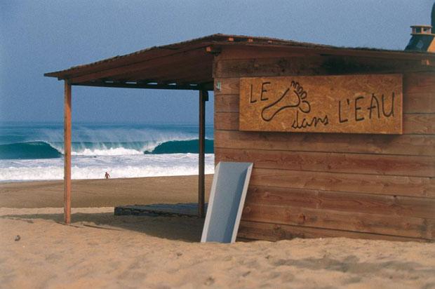 bw_beach
