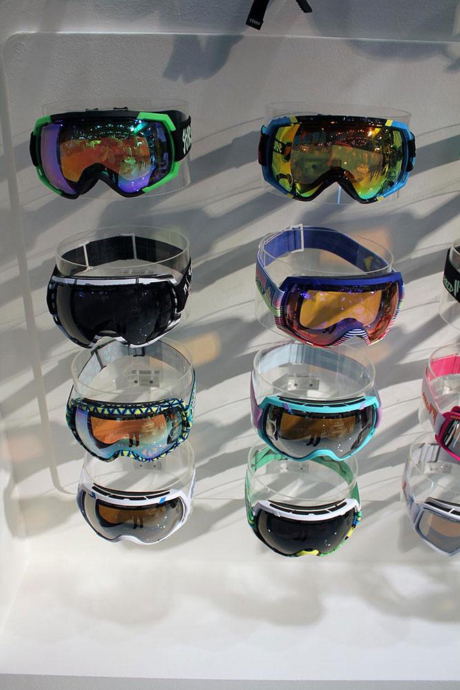 Shred möchte der neue Stern am Goggle-Markt werden. Romain De Marchi benutzt die Brillen schon und wir sind gespannt, welche Top-Snowboarder noch verpflichtet werden.