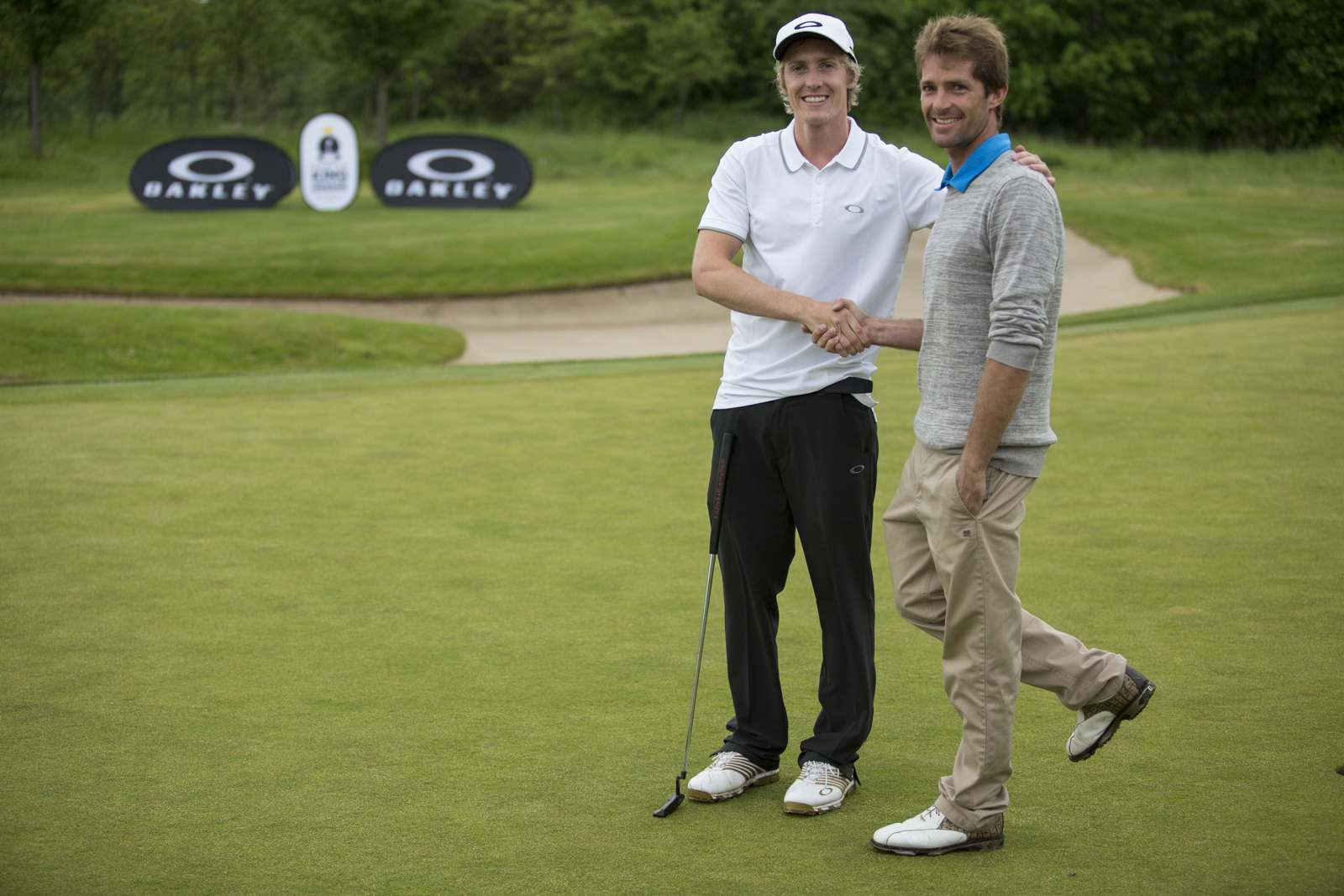 Oakley_King_Of_Greens_2014_Kilner_Riou_Handshake