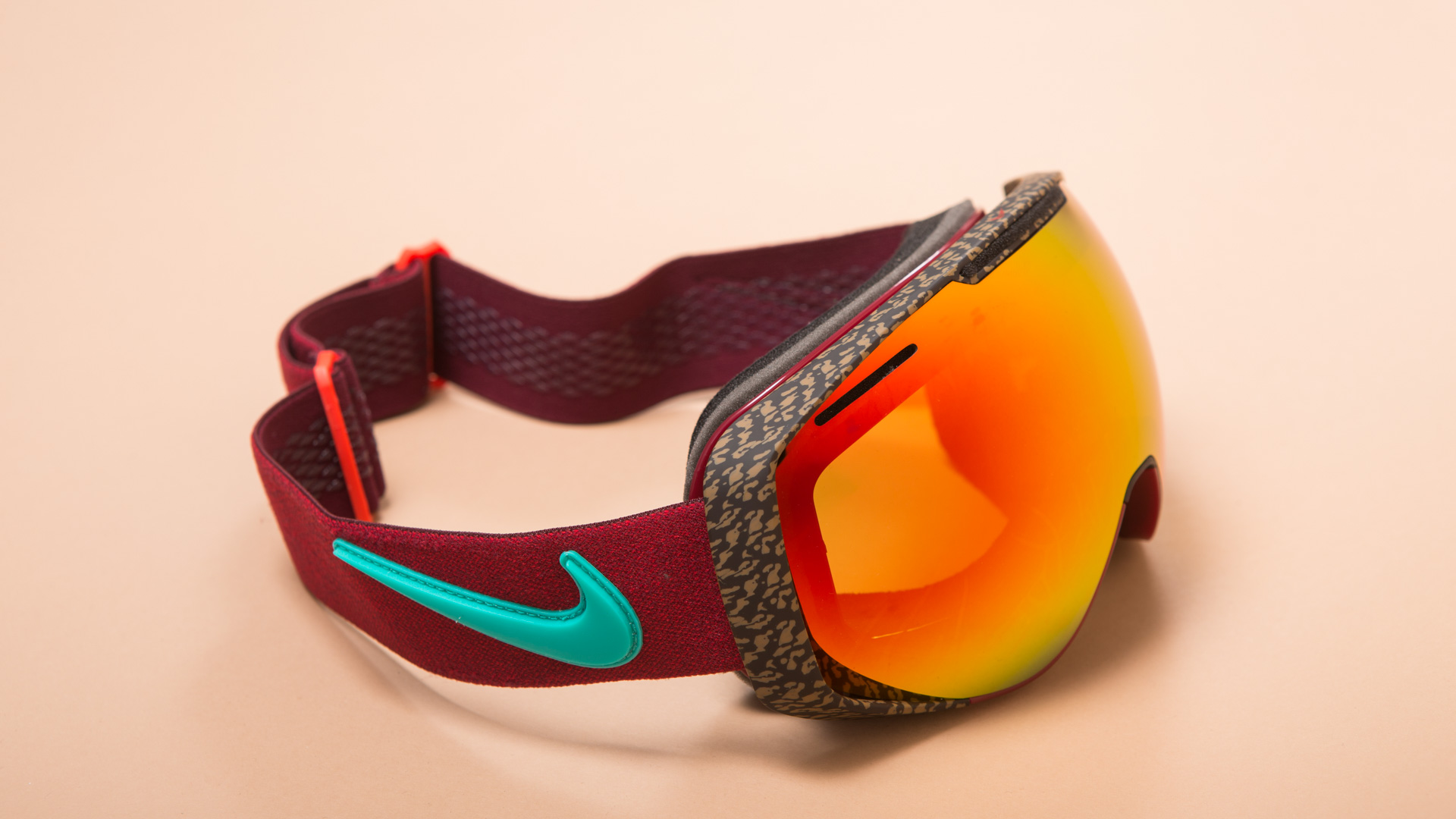 Nike Khyber Schneebrille 2016-2017 Review