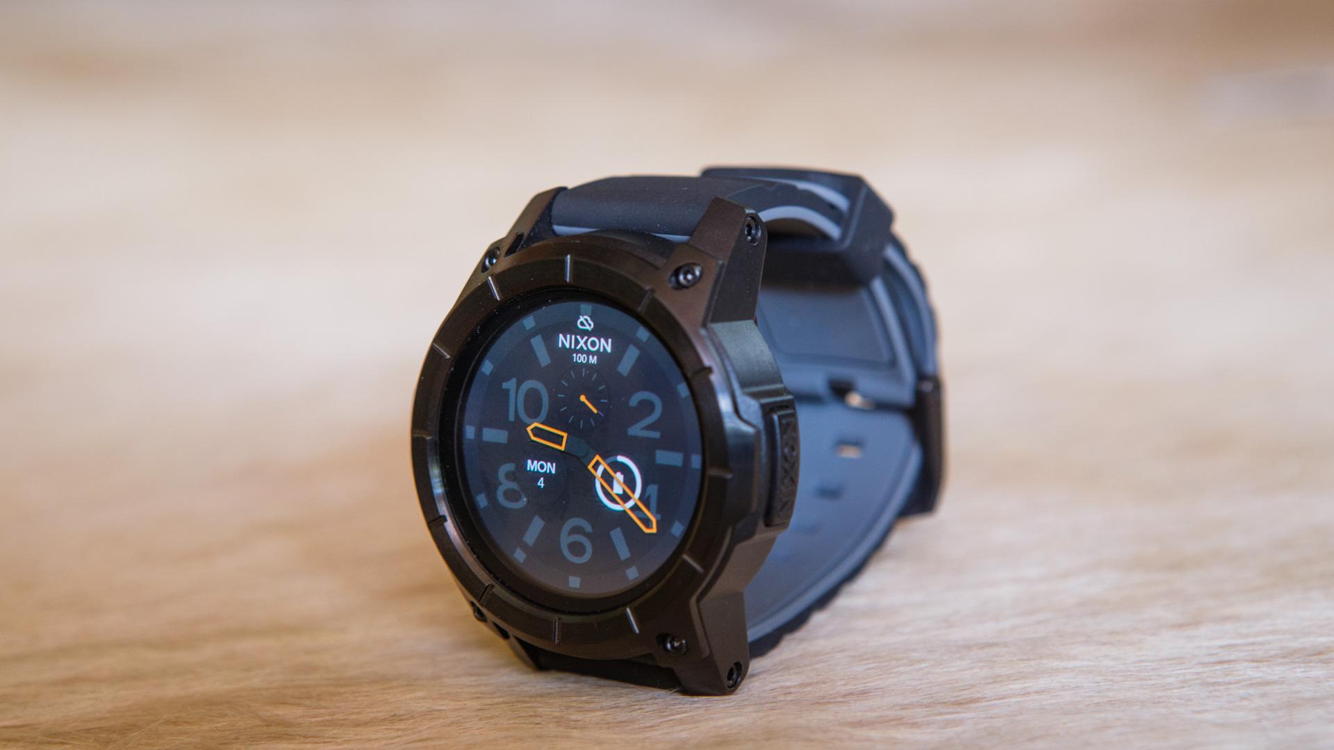 nixon the mission 2016 2017 smartwatch im test. Black Bedroom Furniture Sets. Home Design Ideas