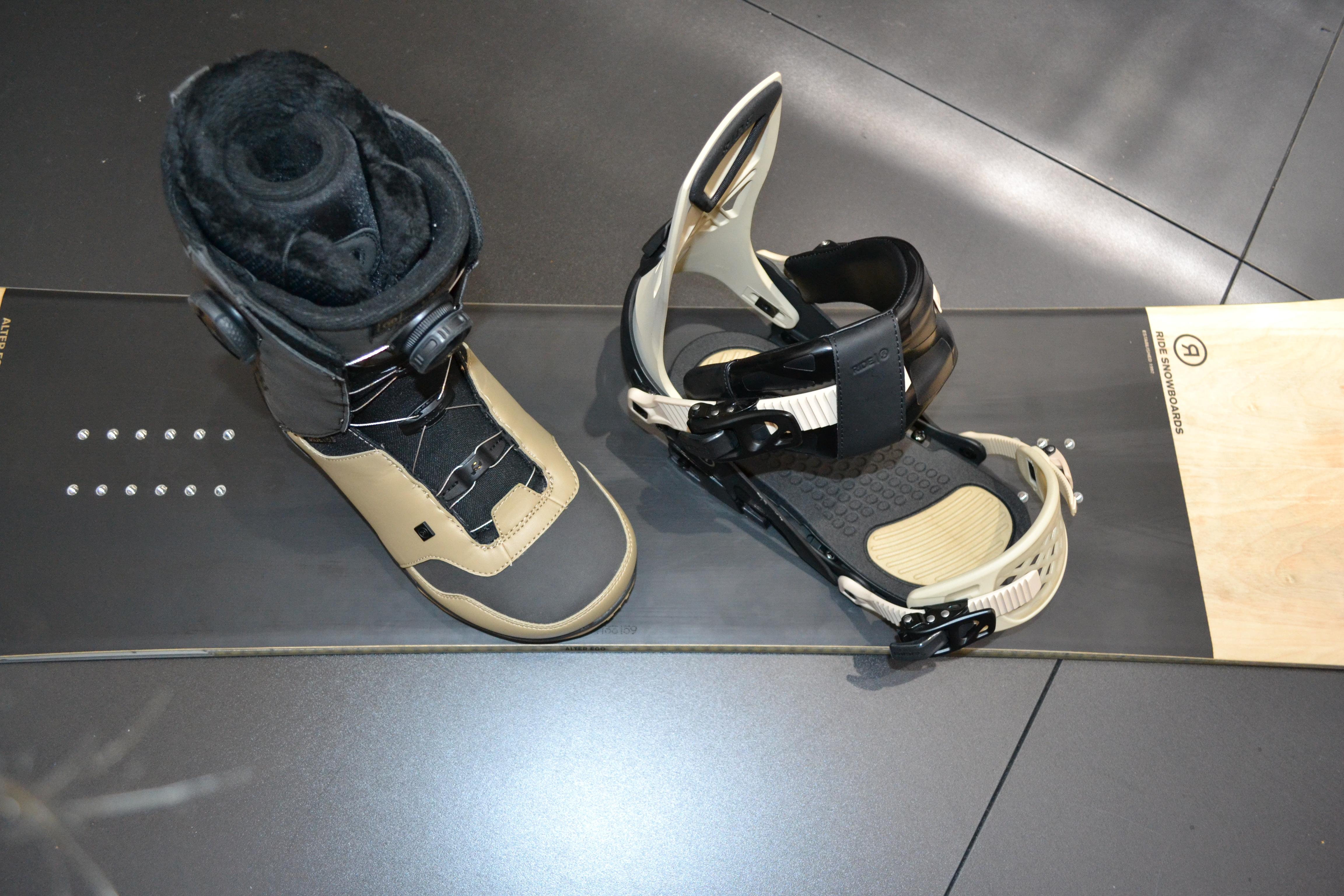 Alter Ego Snowboard, Capo Bindung, und Lasso Boot