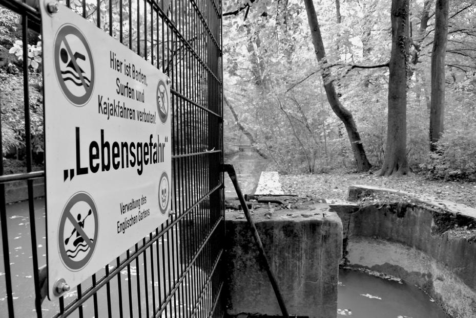 Eisbach Winterzeit Bachauskehr